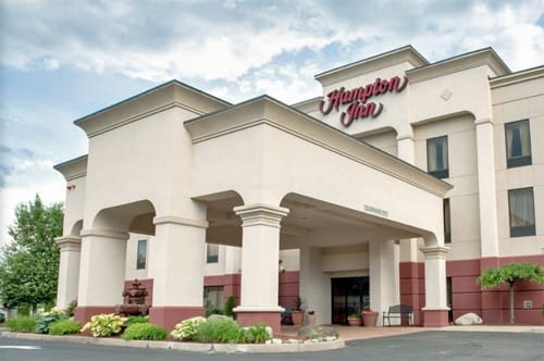 hampton inn chicopee