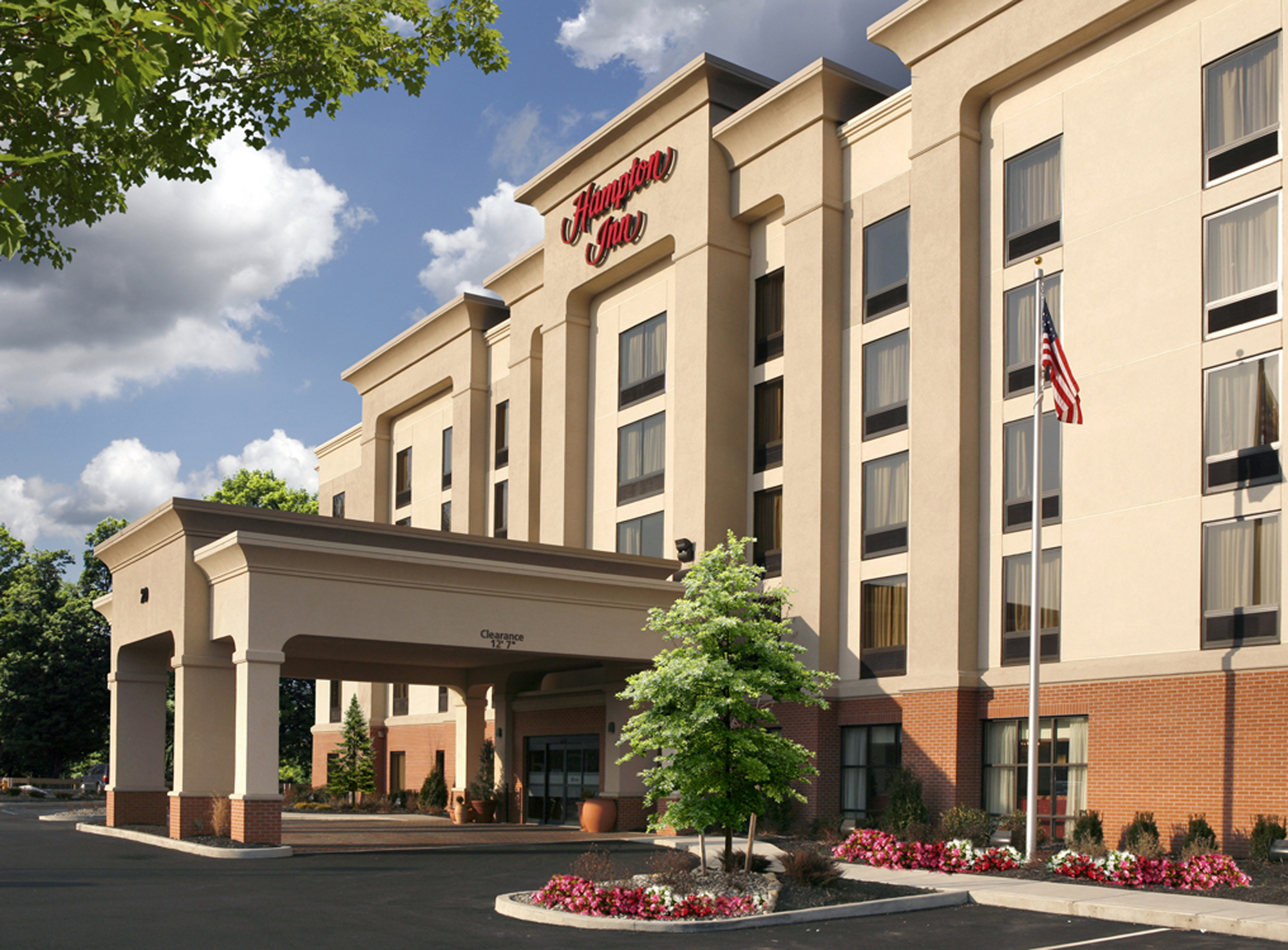 hampton inn enfield 1