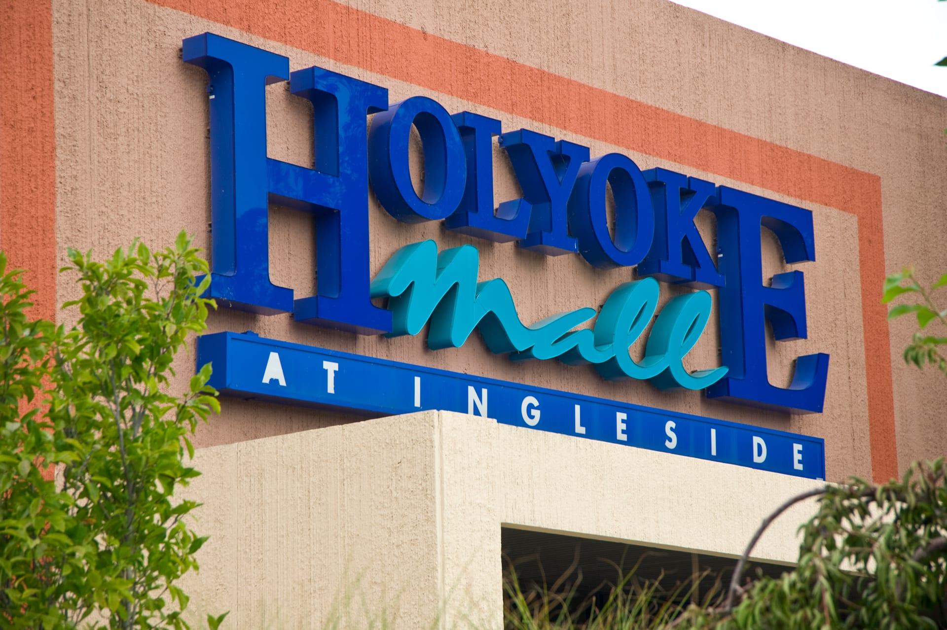 holyoke mall