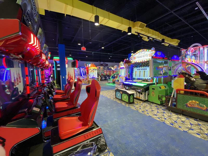 round 1 arcade holyoke mall