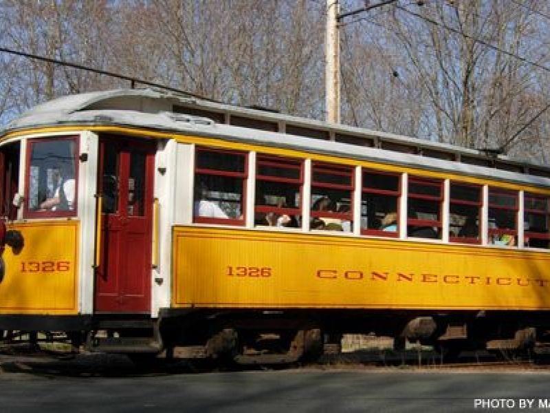 ct-trolley-museum-explorewesternmass.com