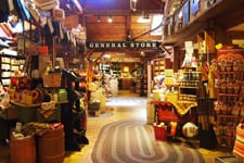 yankee candle village th
