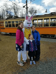 ct trolley easter2