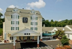 d.hoteloutside 1