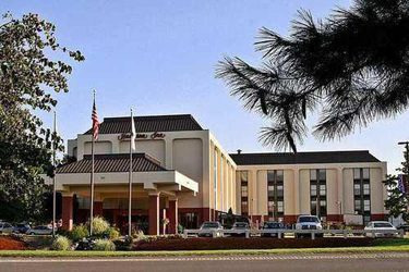 holiday packages hampton inn ws