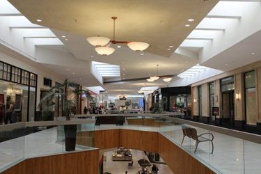 holiday packages holyoke mall
